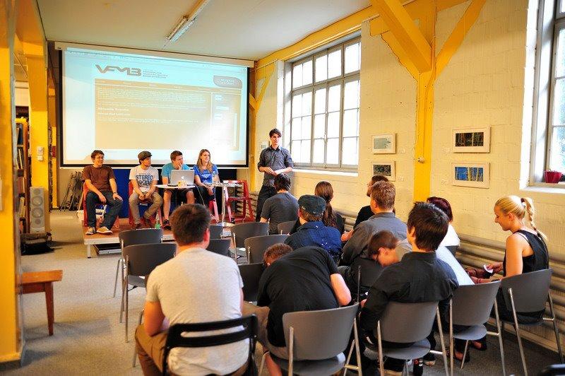 Die Hauptversammlung des VFMB im Wortreich (HV 2012, Bild: Ruedi Kuchen)